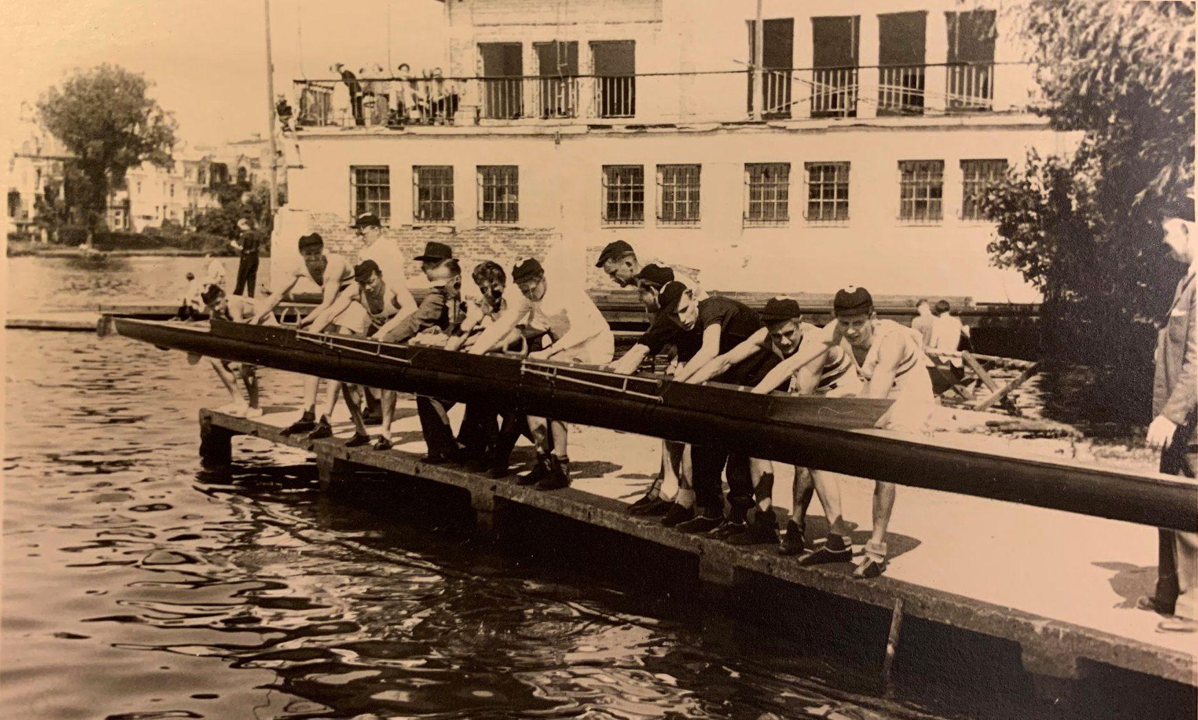 Hamburger Schüler-Ruderverband, Das Bootshaus nahm der Krieg, die Lust am Rudern nahm er nicht
