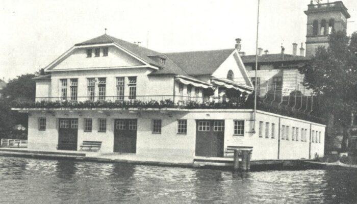 """Hamburger Schüler-Ruderverband, Das Bootshaus des """"Germania Ruder Club"""" um 1913"""